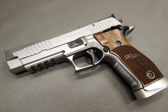 SIG Sauer X-Five Classic 9mm Luger Pistole MADE IN GERMANY