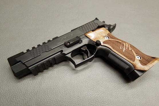 SIG Sauer P226 Club 30 X-Five PVD Black 9mm Luger Pistole MADE IN GERMANY