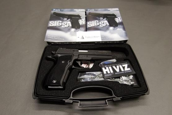 SIG Sauer P226 LDC II Made in Germany 9mm Luger Pistole