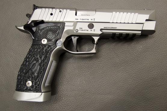 SIG Sauer X Five Supermatch 9x19 Pistole