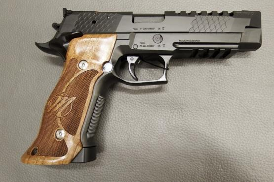 SIG Sauer P226 Club 30 X-Five PVD Black 9mm Luger