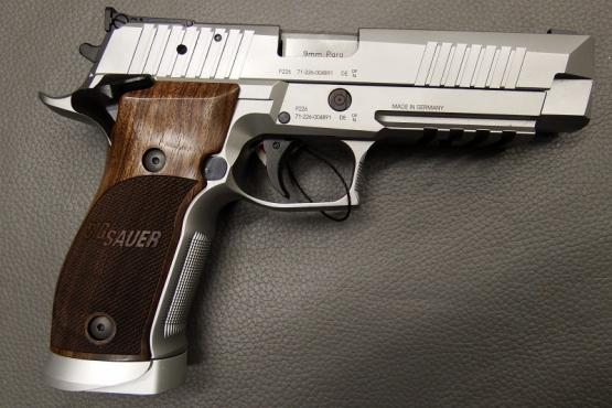 SIG Sauer X-Five Classic 9mm Luger Pistole